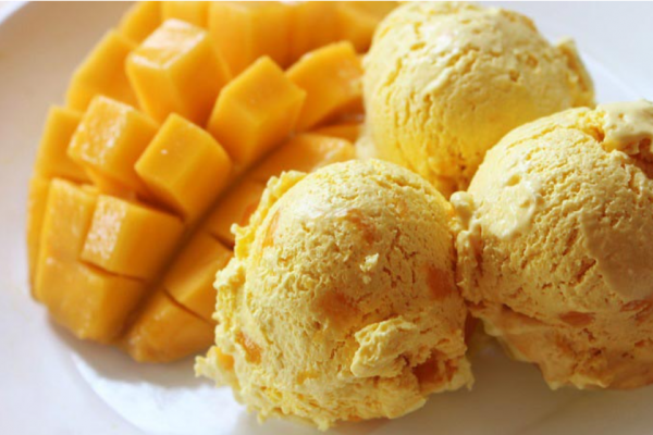 "Mango Ice Cream"" The texture is Smooth, Sweet, Fragrant by Homemade"